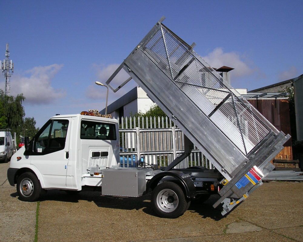 Recycling tipper